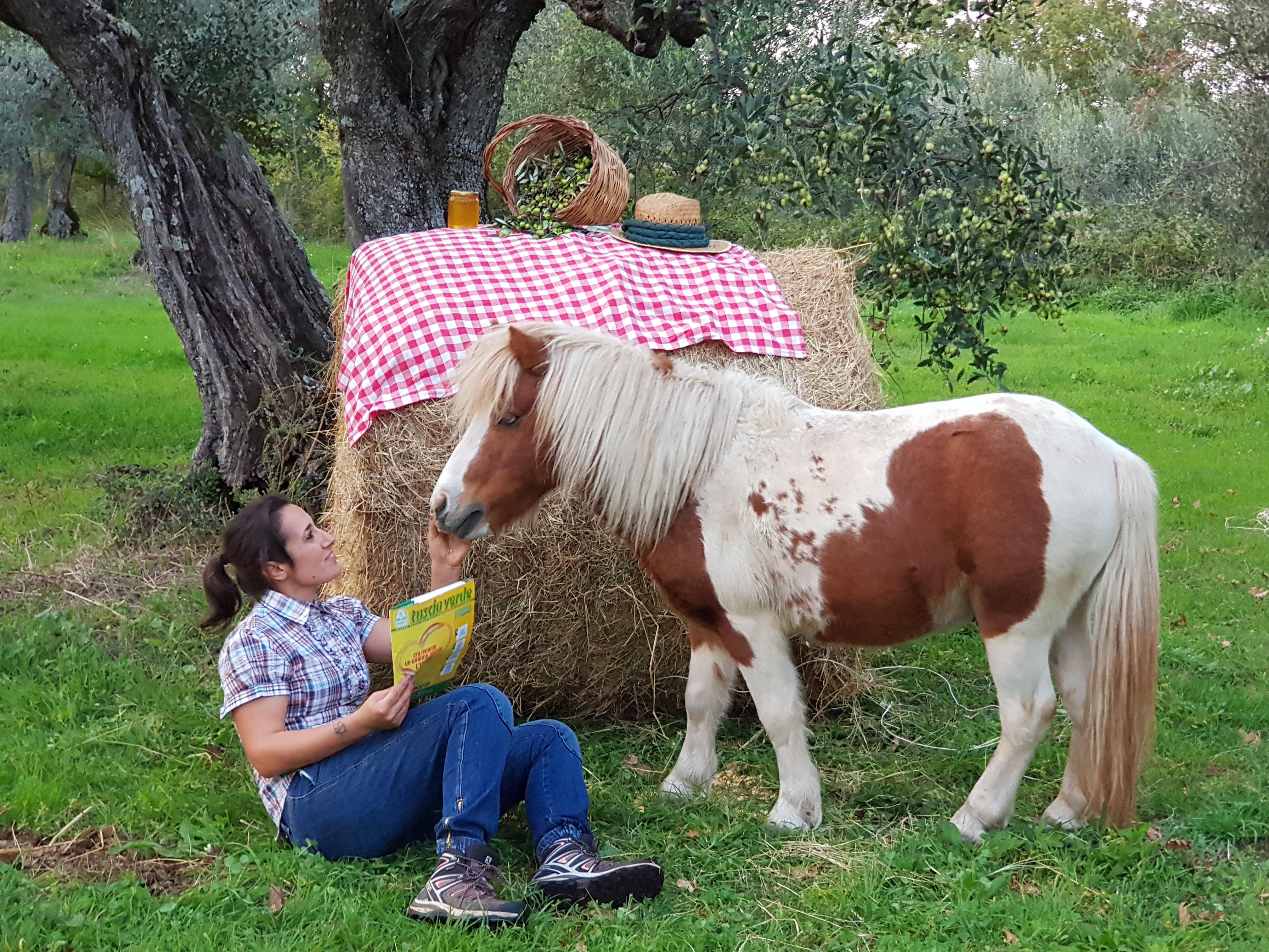 Elisa e il suo pony